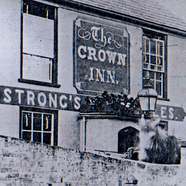 The Crown Inn, Everton Photos