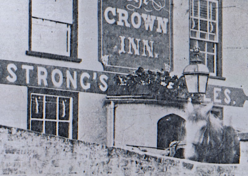 The Crown Inn, late 1800s / early 1900s  (Courtesy Gill Rowlands)