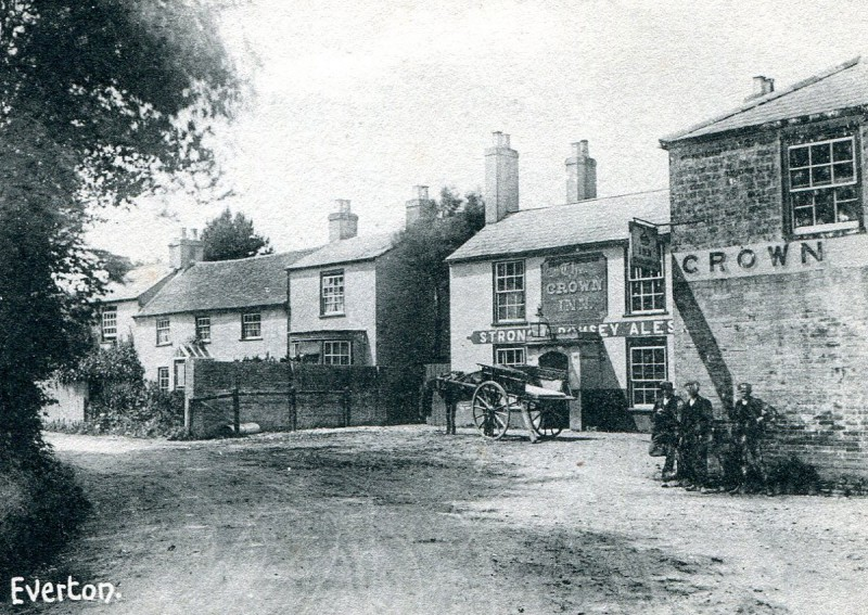The Crown Inn, late 1800s / early 1900s  (Courtesy St. Barbe Museum, Lymington)